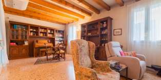 Casa in VENDITA a Vicenza di 300 mq